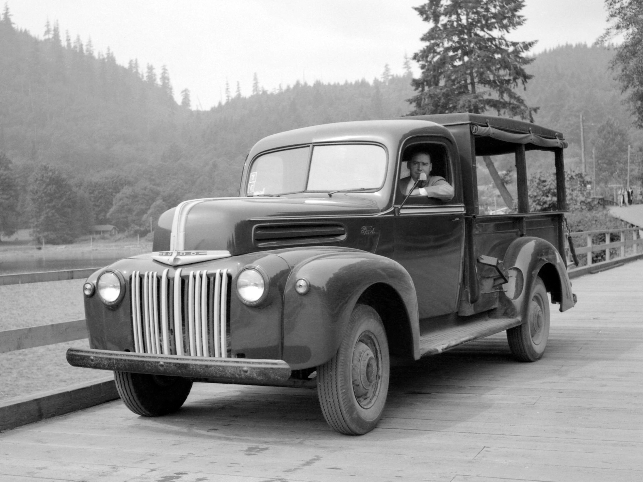 pictures of pickup trucks 1942 ford pickup truck 21С2gc2nc 83 pictures pickup of trucks