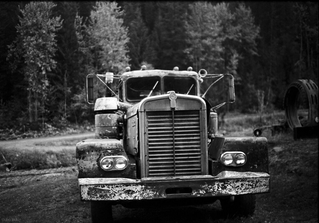 pictures of pickup trucks old canadian kenworth truck i cant pass up shooting old pickup pictures of trucks