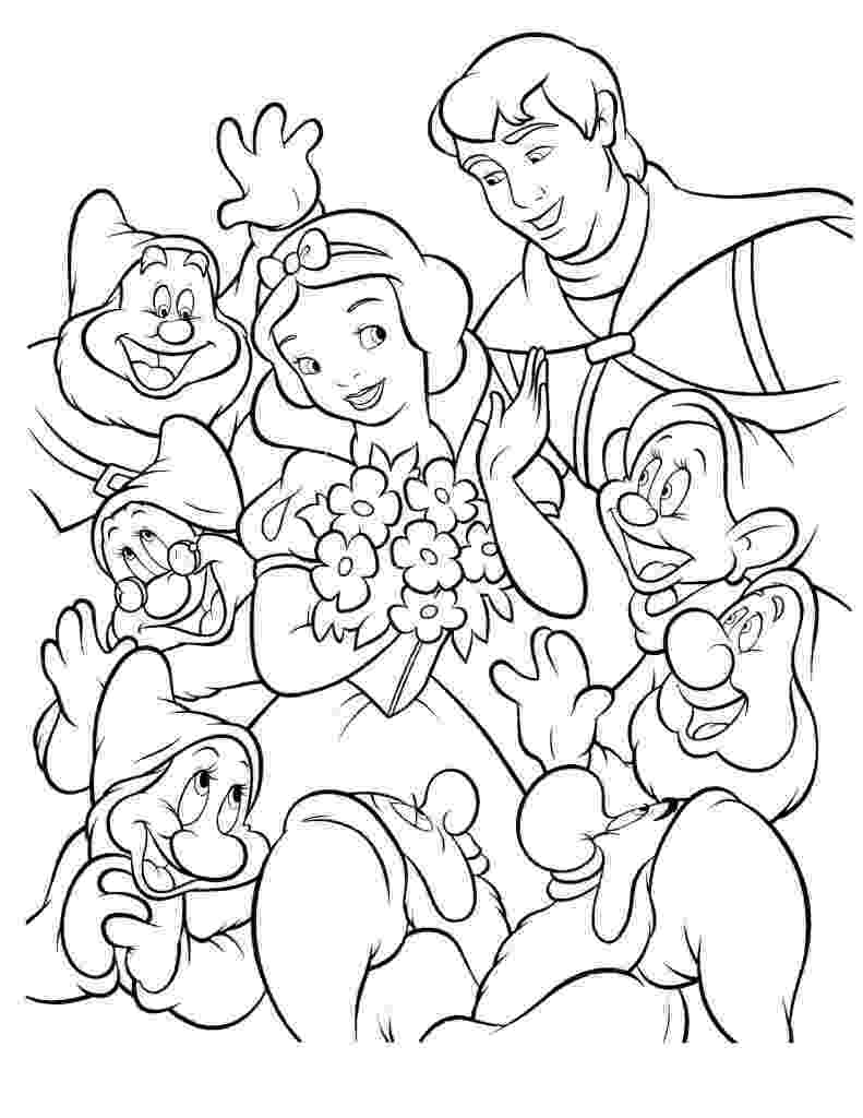 snow white coloring snow white coloring pages disneyclipscom coloring white snow 1 1