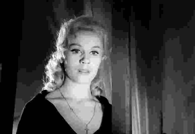 ballerina movie just screenshots the vampire and the ballerina 1960 italy movie ballerina 1 1