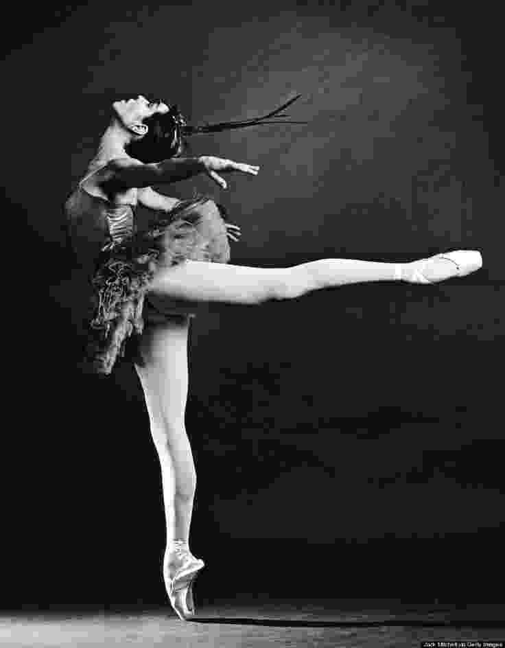 ballerina movie just screenshots the vampire and the ballerina 1960 italy movie ballerina 1 2