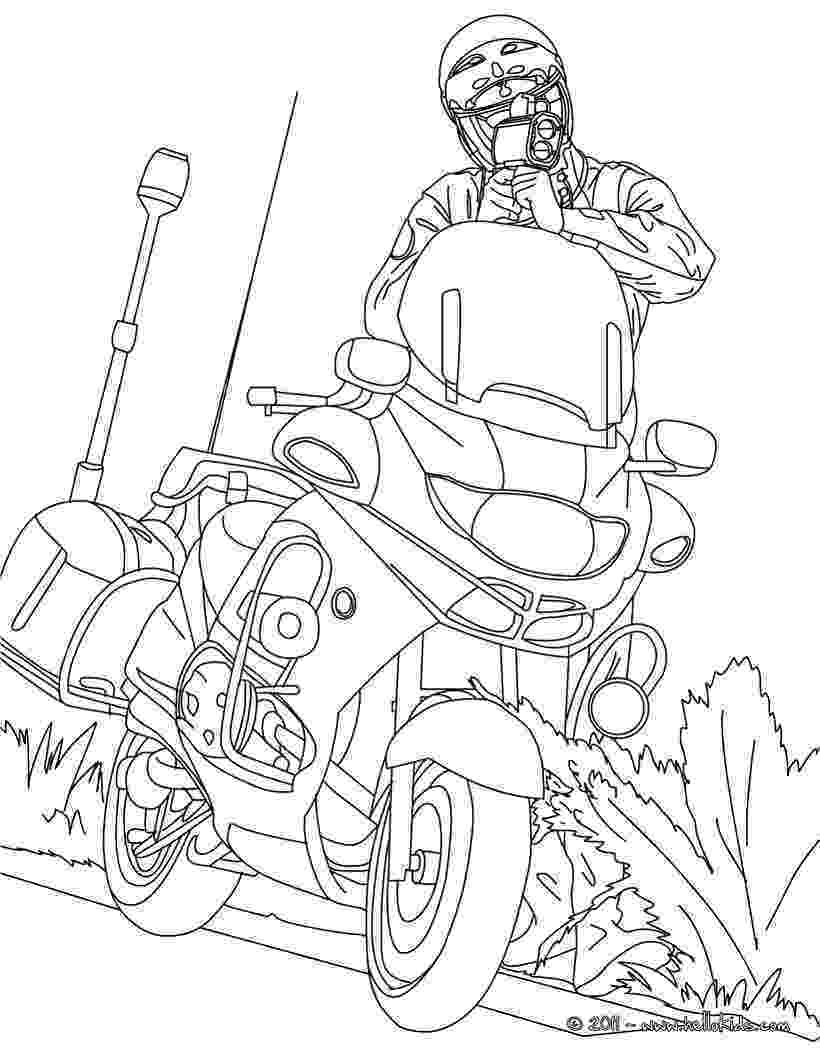 police motorcycle coloring pages motorcycle police officer controlling speed traffic pages police motorcycle coloring