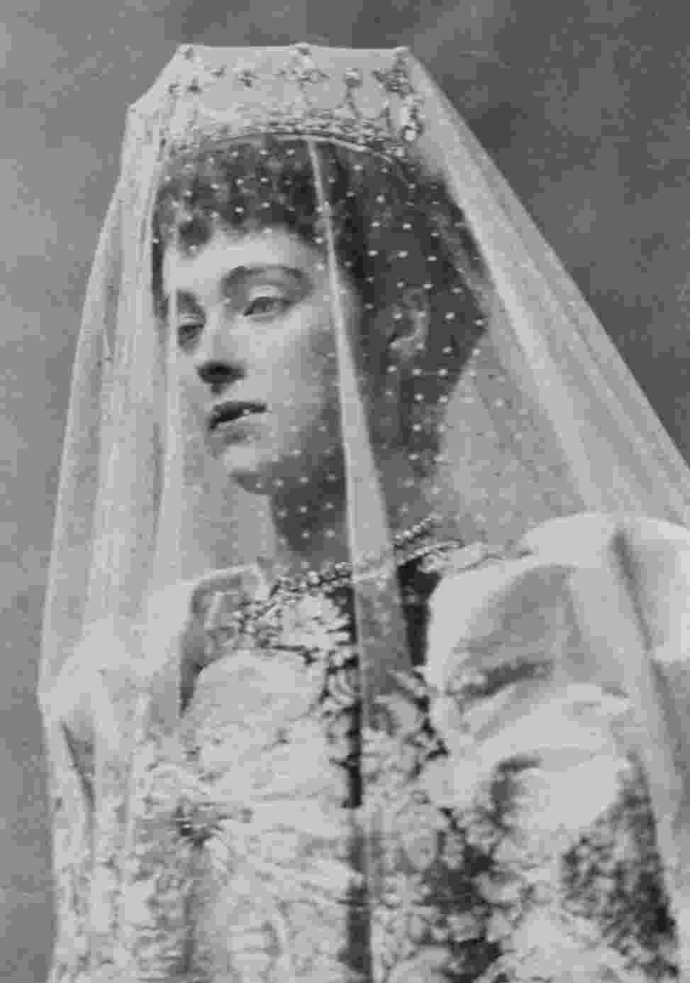 princess daisy 1891 princess daisy of pless in wedding dress by grand daisy princess