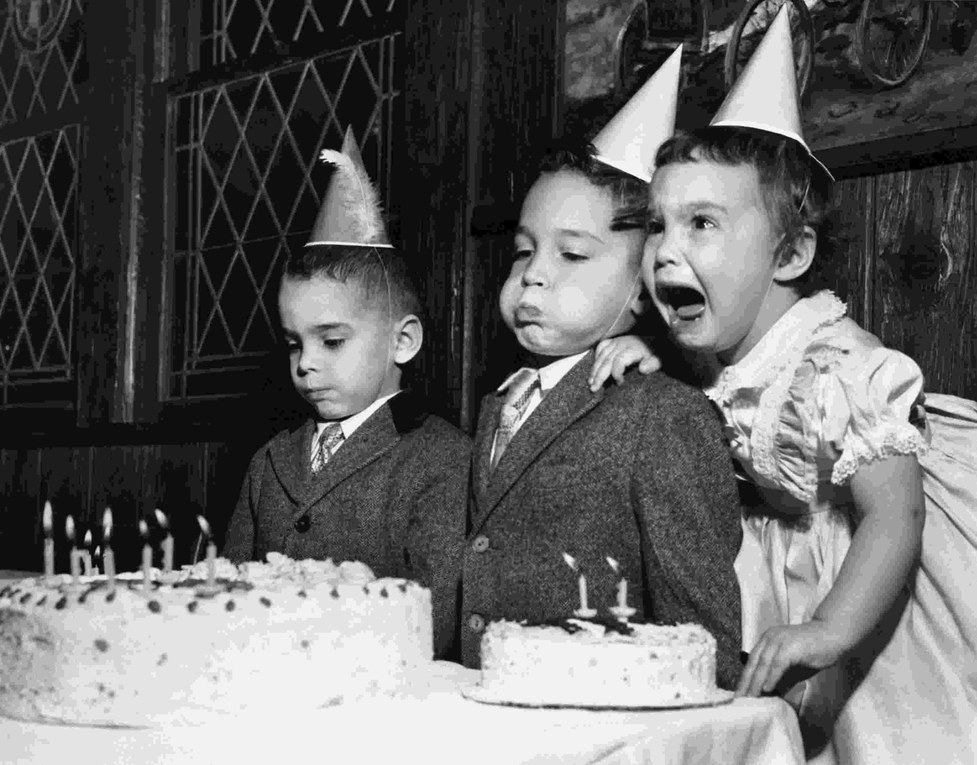 big birthday cake 242 best popout cakes world largest pop out cakes jump birthday cake big