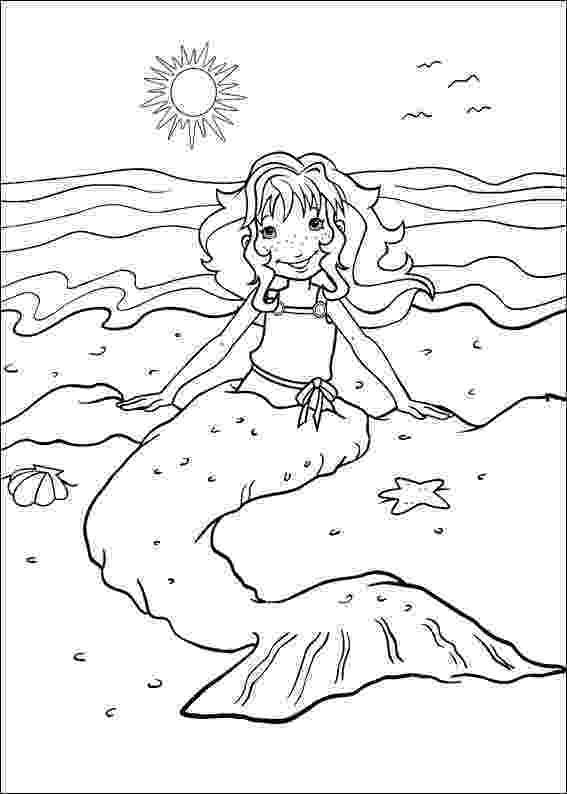 holly coloring pages printable christmas holly coloring pages coloring home coloring pages holly